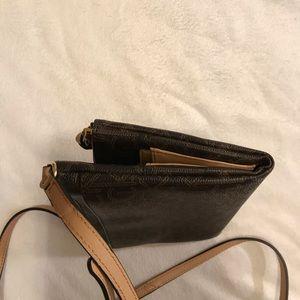 Calvin Klein Bags - NWOT {Calvin Klein} Crossbody bag purse